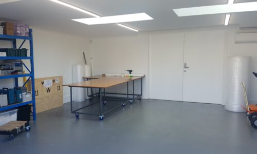 Clean art packing and crate fit-out studio